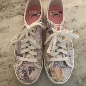 Betty and Veronica Keds